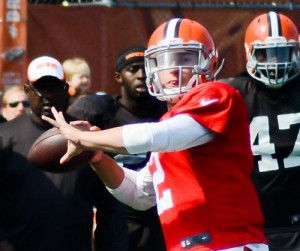 As Johnny 'Money' Manziel prepares for the coming season with the Cleveland Browns, we give you several ways to live up to the NCAA record breaker's nickname in the betting department